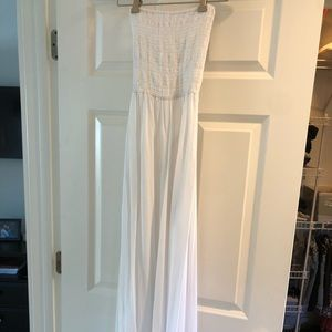 Women's strapless maxi dress never been worn
